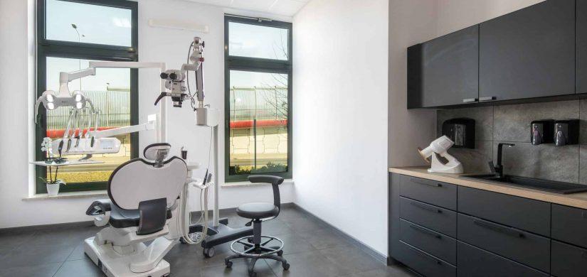 gabinet stomatologiczny leczenie endodontyczne